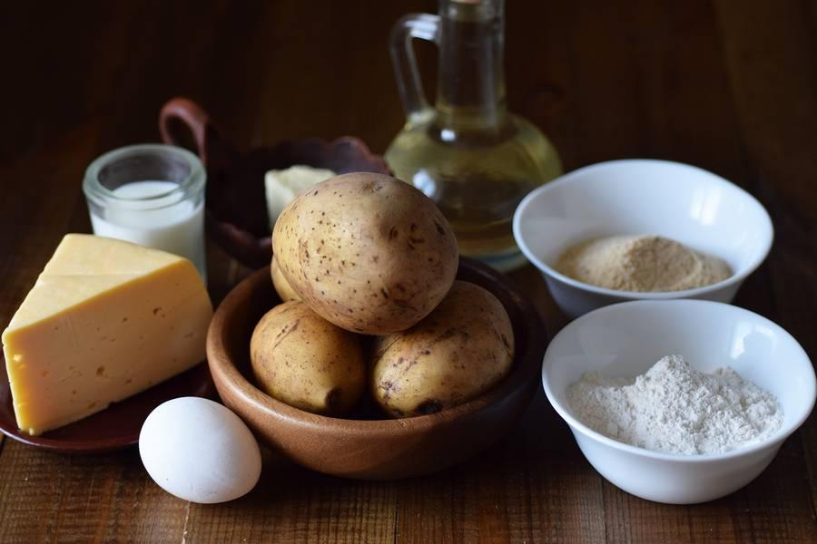 Ингредиенты картофельных крокетов с сыром