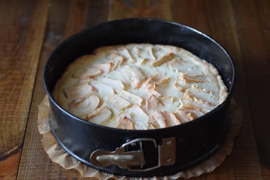Приготовление цветаевского яблочного пирога шаг 13