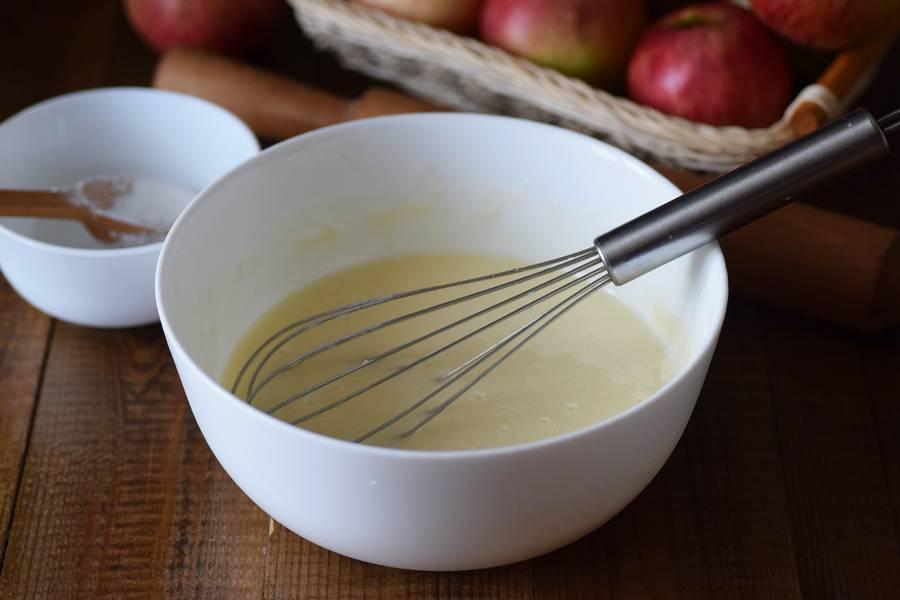 Приготовление цветаевского яблочного пирога шаг 9