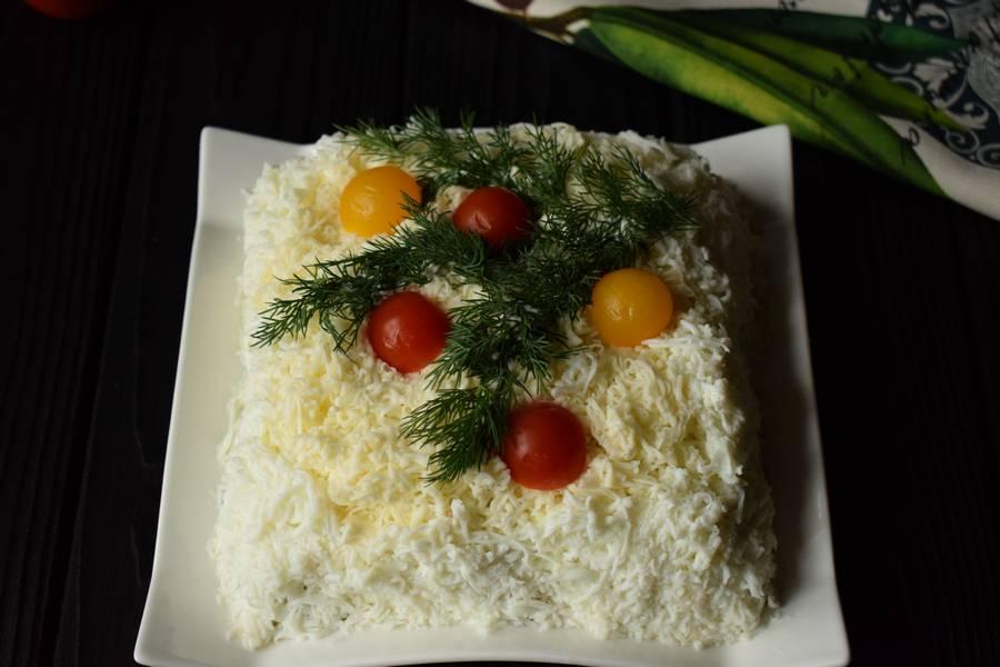 Приготовление новогоднего салата с мясом шаг 12