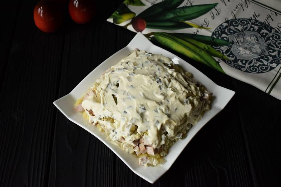 Приготовление новогоднего салата с мясом шаг 8