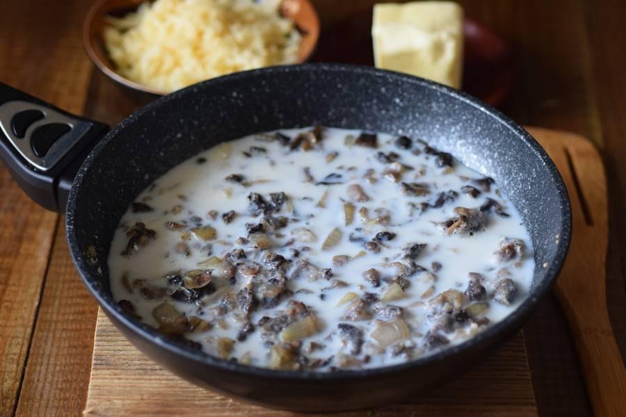 Приготовление решти из картофеля с грибным соусом шаг 5
