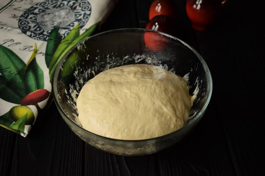Приготовление жареного пирога с пореем шаг 11