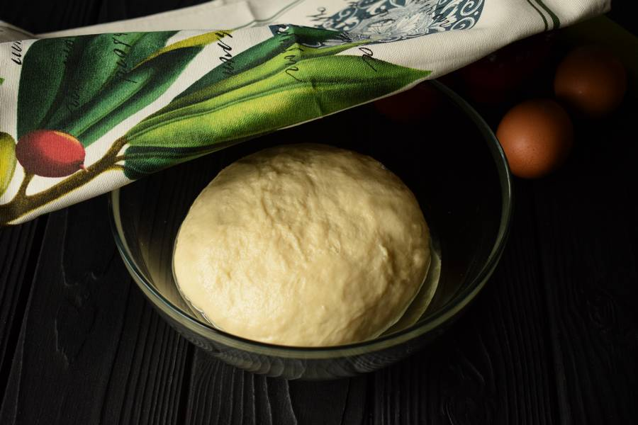 Приготовление жареного пирога с пореем шаг 5