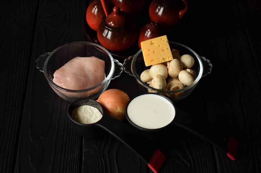Ингредиенты жульена с курицей и грибами