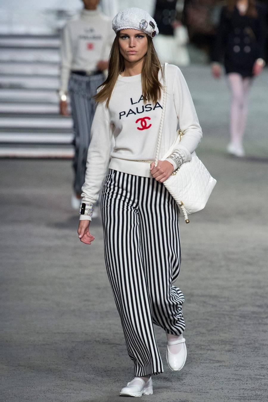 Круизная коллекция Chanel, весна-лето 2019 выход 2