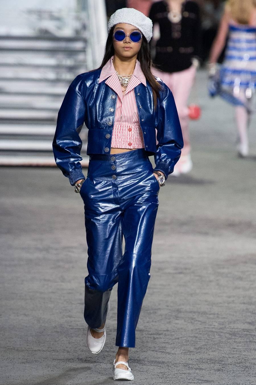 Круизная коллекция Chanel, весна-лето 2019 выход 49