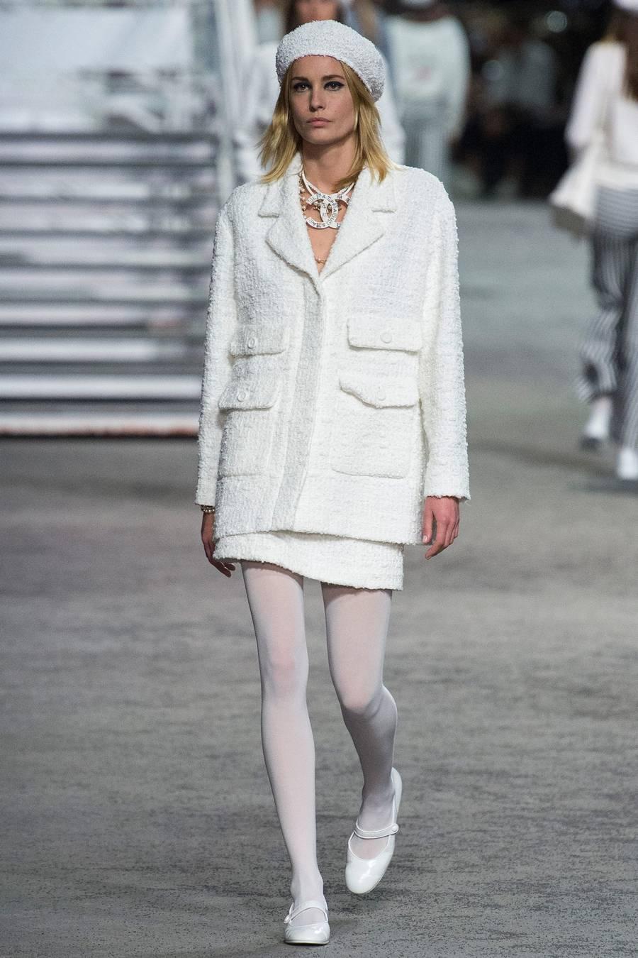 Круизная коллекция Chanel, весна-лето 2019 выход 6