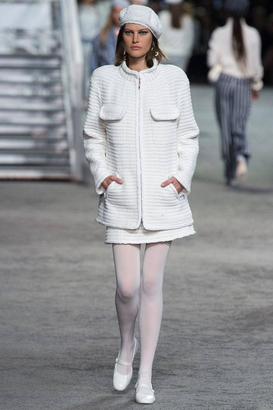 Круизная коллекция Chanel, весна-лето 2019 выход 7