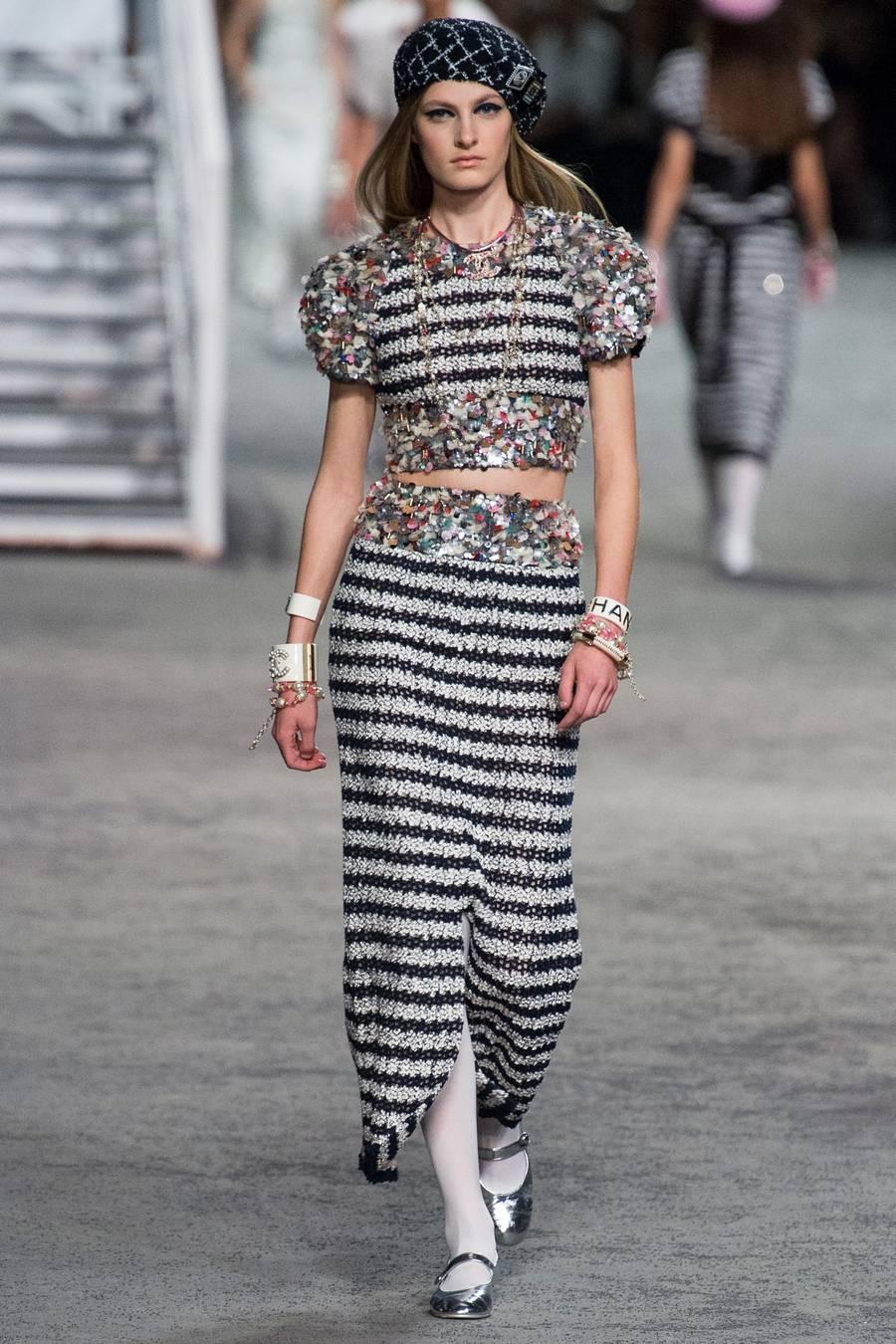 Круизная коллекция Chanel, весна-лето 2019 выход 72