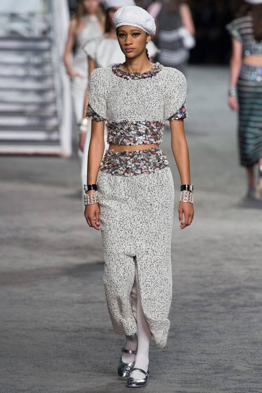 Круизная коллекция Chanel, весна-лето 2019 выход 73