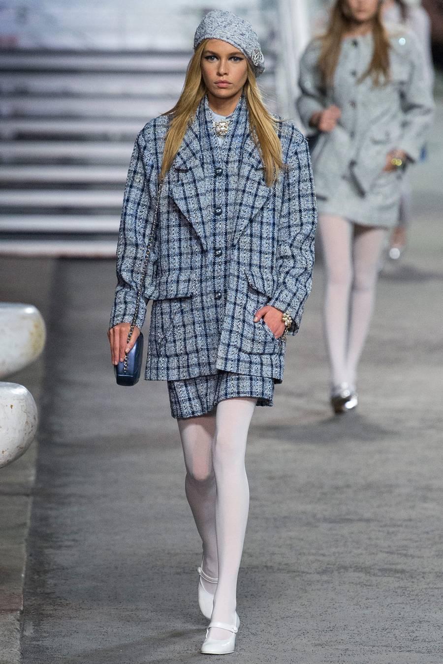 Круизная коллекция Chanel, весна-лето 2019 выход 8