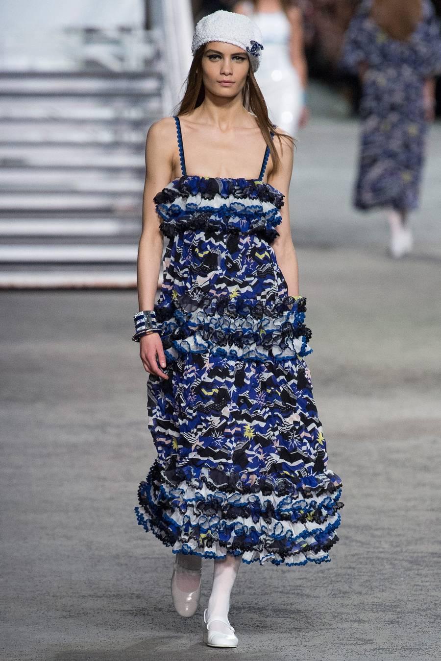 Круизная коллекция Chanel, весна-лето 2019 выход 84