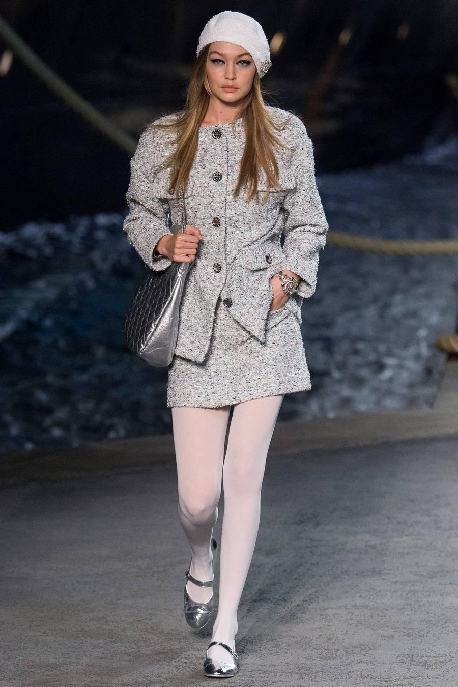 Круизная коллекция Chanel, весна-лето 2019 выход 9