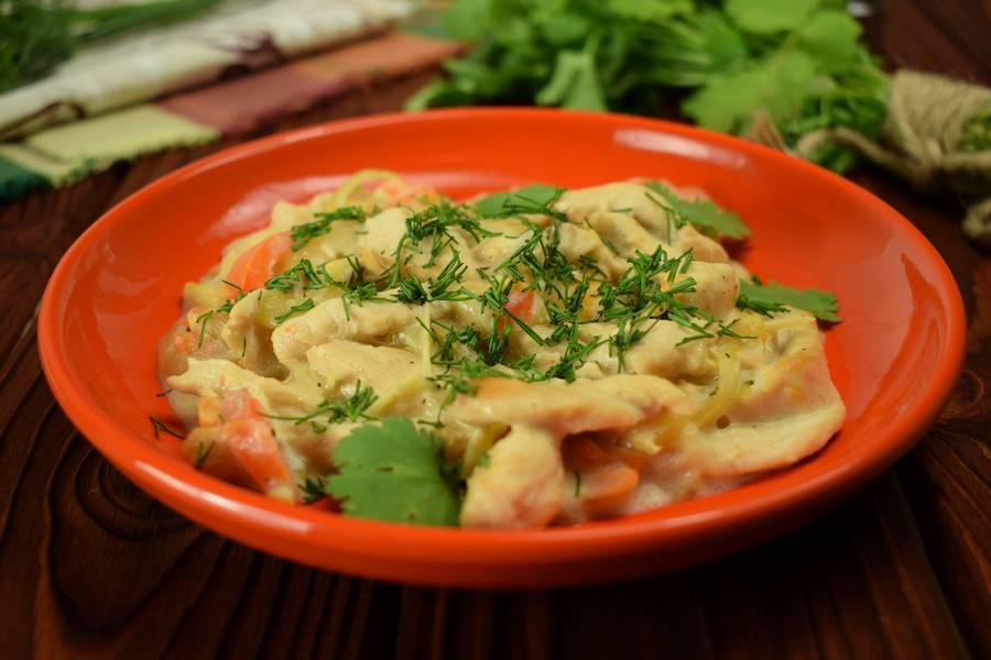 Куриная грудка с болгарским перцем, в сметанном соусе-2