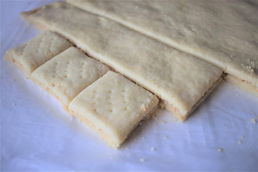 Приготовление орехово-медового печенья шаг 5