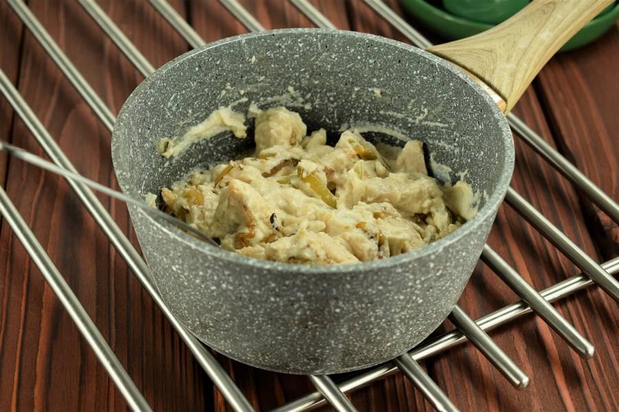 Приготовление жульена из курицы с болгарским перцем шаг 9