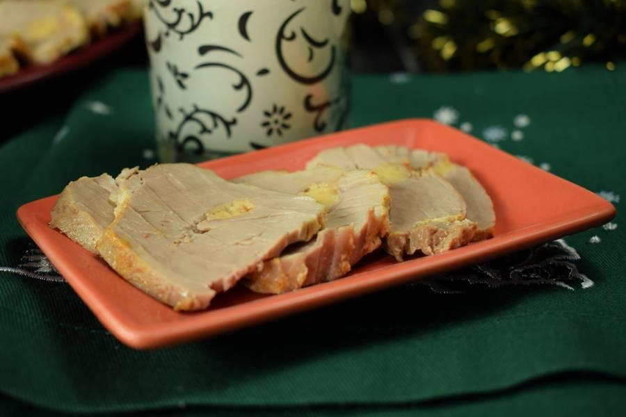 Свинина, нашпигованная сыром