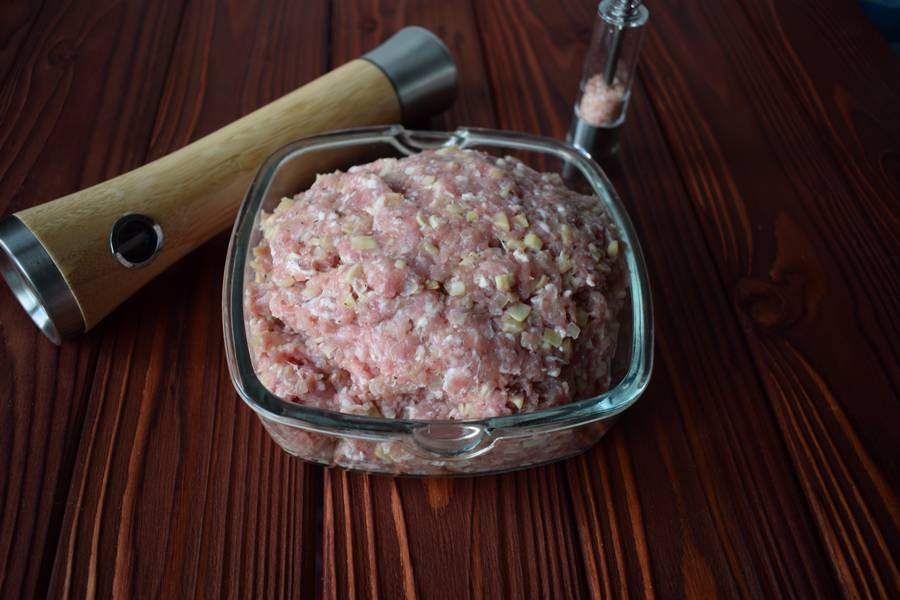 Приготовление фаршированных перцев с мясом и шампиньонами шаг 5