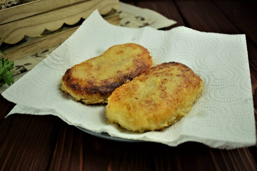 Приготовление картофельных зраз с грибами шаг 11