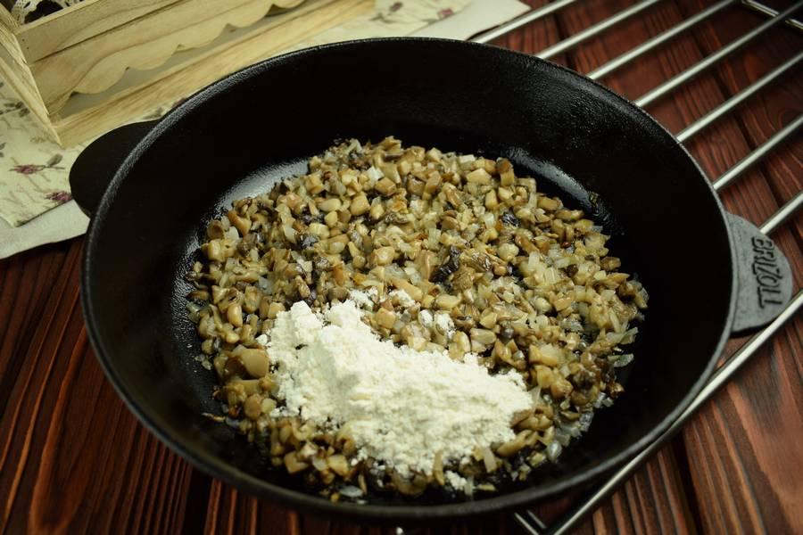 Приготовление картофельных зраз с грибами шаг 3