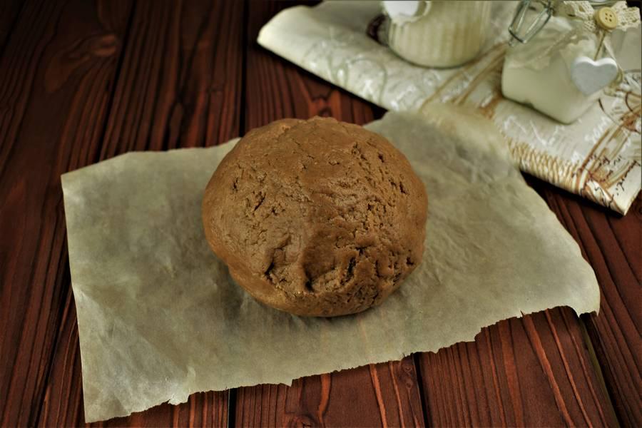 Приготовление шоколадного печенья с грецкими орехами шаг 2