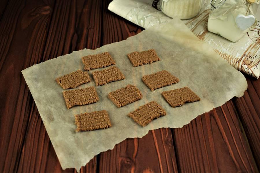 Приготовление шоколадного печенья с грецкими орехами шаг 3