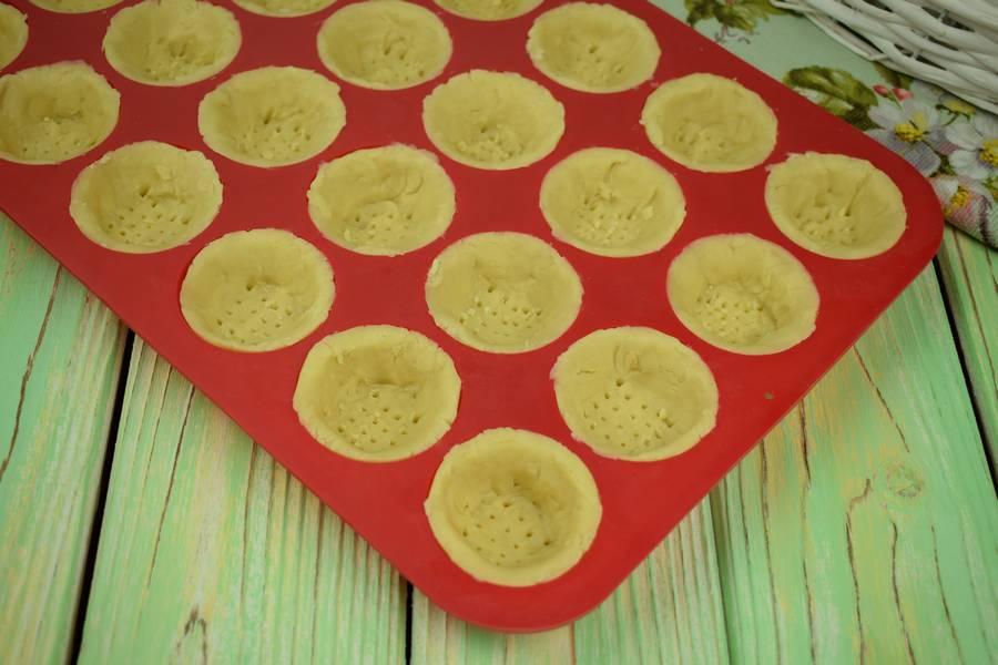 Приготовление тарталеток с креветками шаг 2
