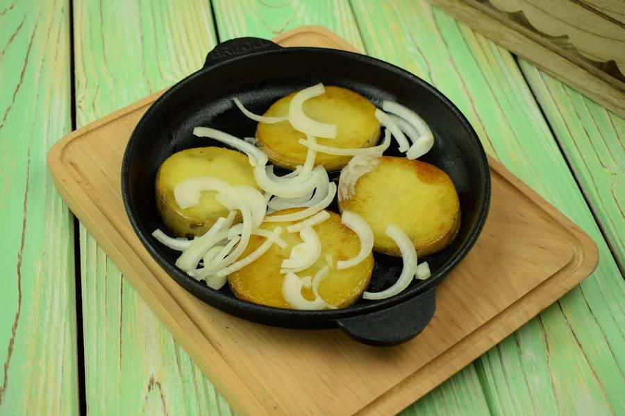 Приготовление жаркого из свинины с картофелем шаг 10