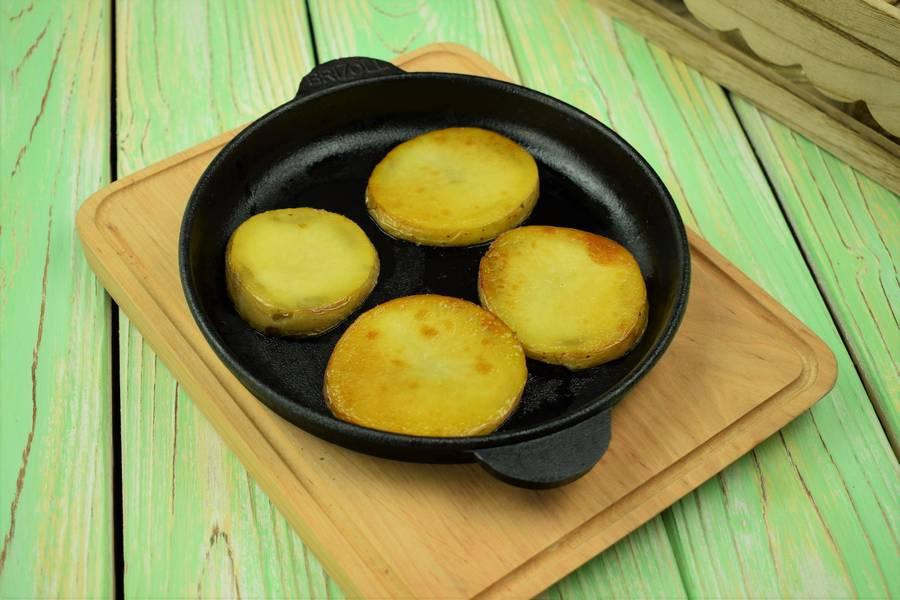 Приготовление жаркого из свинины с картофелем шаг 9