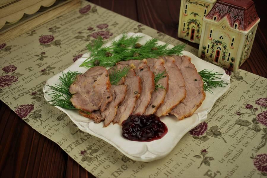Шпигованная свинина с перцем