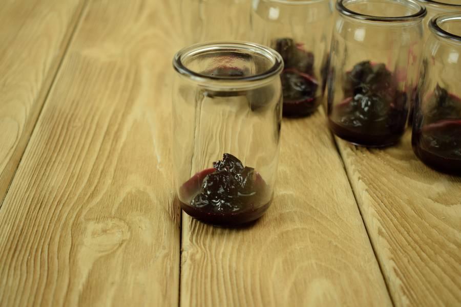 Приготовление домашнего йогурта с вишней шаг 4