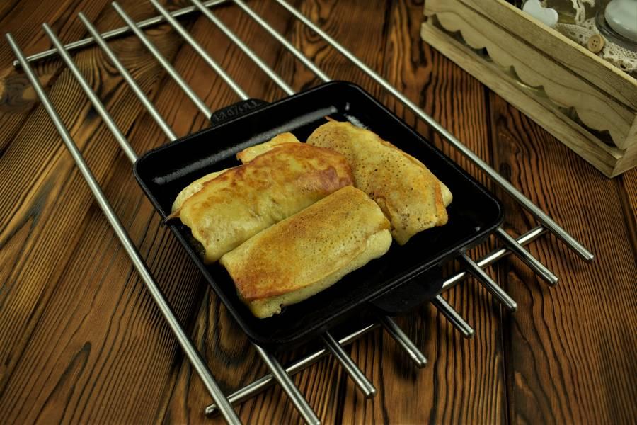Приготовление фаршированных блинчиков с мясом шаг 8