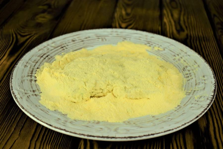 Приготовление филе трески в сметанно-луковой панировке шаг 5