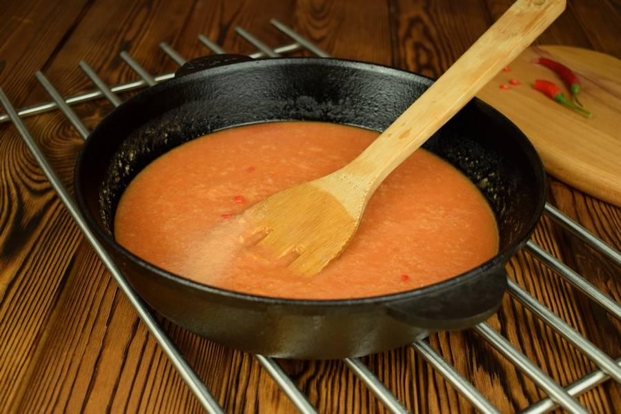 Приготовление говядины в томатном соусе шаг 6