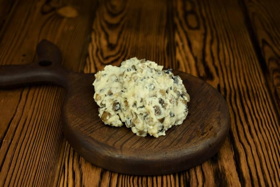 Приготовление картофельной запеканки с грибами шаг 5