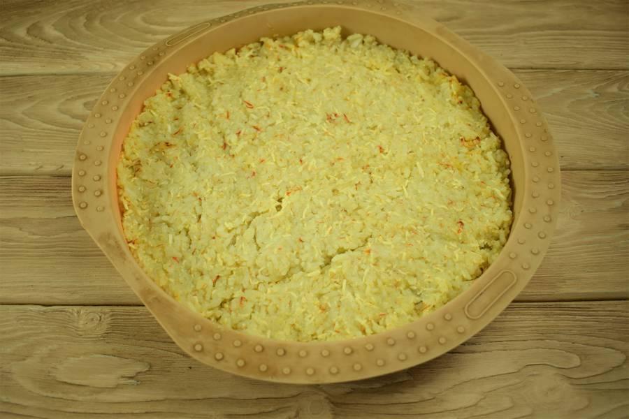 Приготовление рисовой запеканки с яйцом и сыром шаг 4