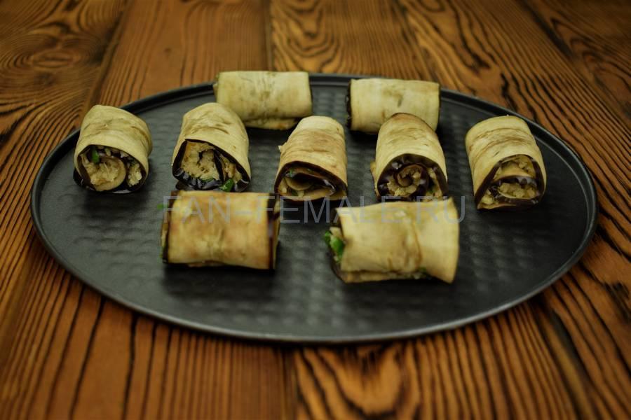 Приготовление из баклажанов рулетов с сыром, чесноком и грецким орехом шаг 10