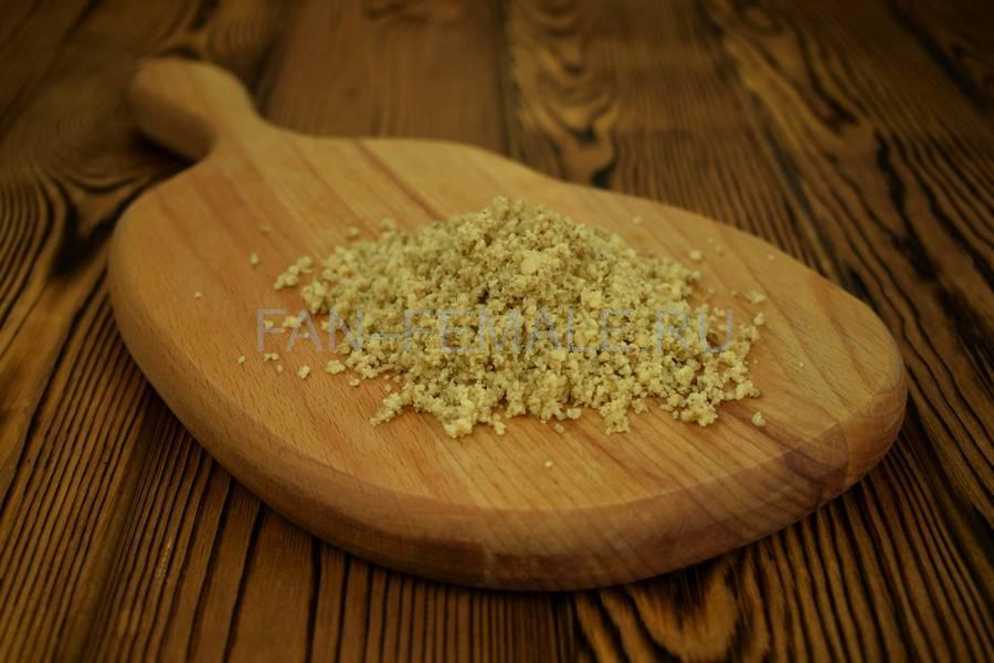Приготовление из баклажанов рулетов с сыром, чесноком и грецким орехом шаг 4