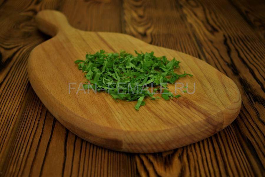 Приготовление из баклажанов рулетов с сыром, чесноком и грецким орехом шаг 5