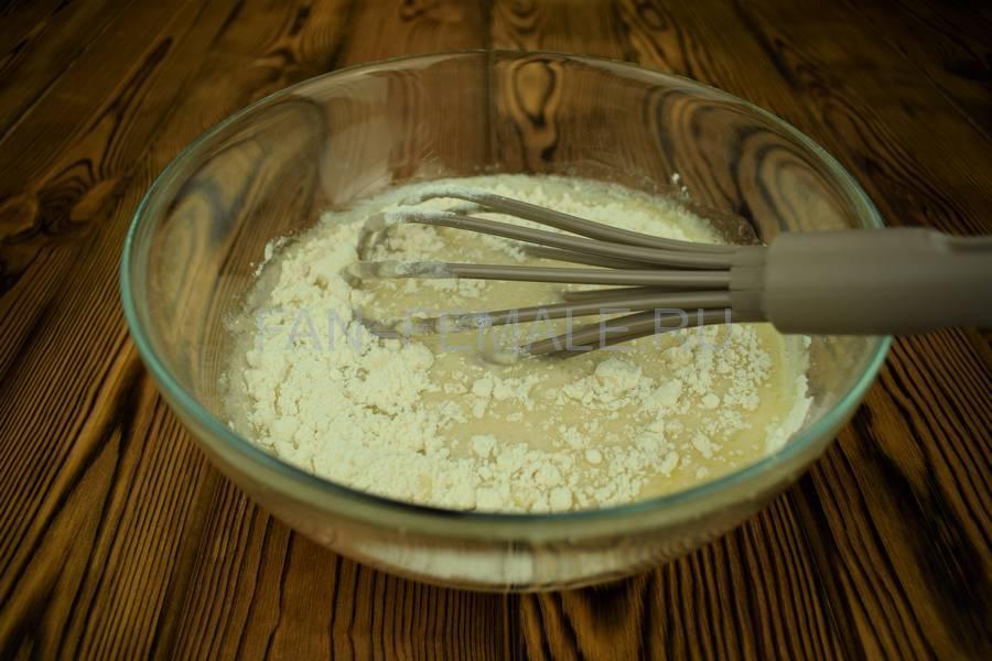 Приготовление мясного пирога с большим количеством начинки шаг 6