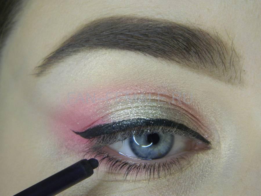 Выполнение легкого макияжа с розовым акцентом шаг 10