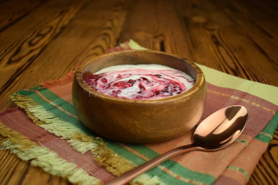 Домашний йогурт с малиной