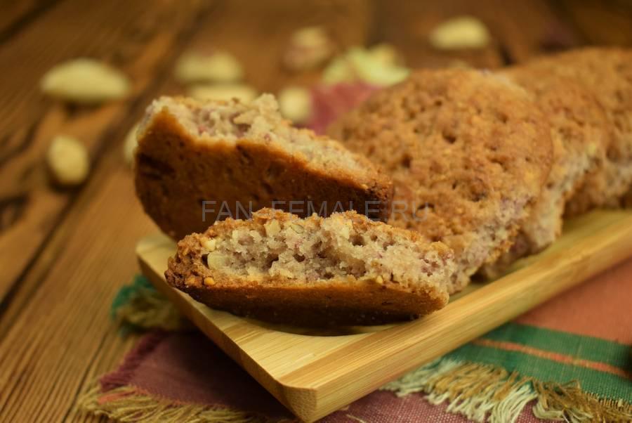 Песочное печенье с малиной и бразильским орехом
