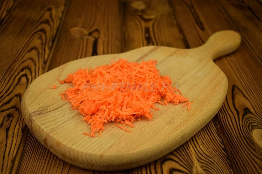 Приготовление блинчиков, фаршированных говядиной с морковью шаг 2