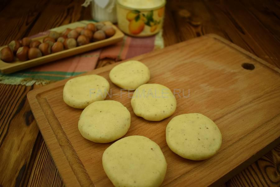 Приготовление песочного печенья с фундуком шаг 5