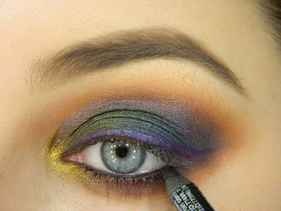 Выполнение универсального вечернего цветного макияжа глаз шаг 13