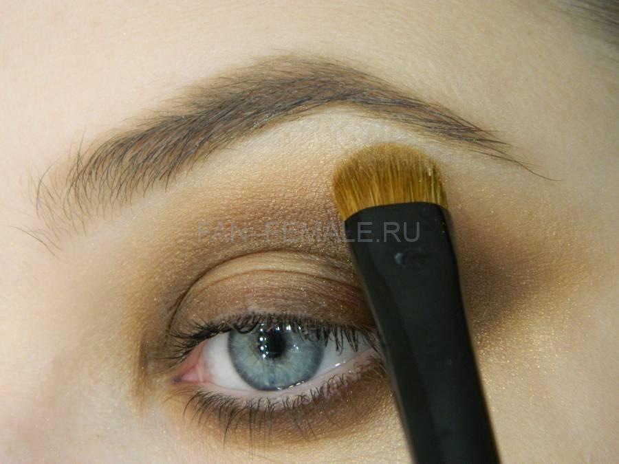 Выполнение зеленого смоки для светлых глаз шаг 11