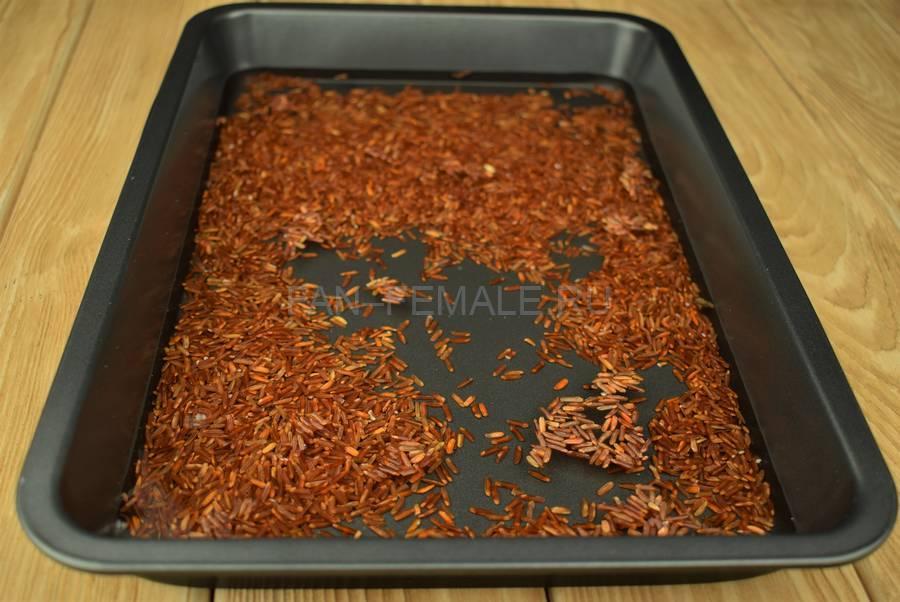 Приготовление свиных ребер с красным рисом шаг 4