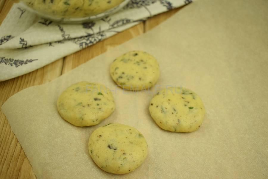 Приготовление песочного печенья с мятой и шоколадом, шаг 9